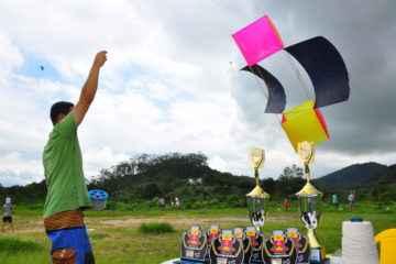 """Caraguatatuba recebe 700 pessoas no """"Festival de Pipas Da Hora"""""""