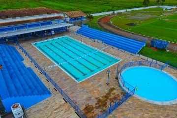 Prefeitura inicia obra para cobertura da piscina no Cemug (Foto: Claudio Gomes/PMC)