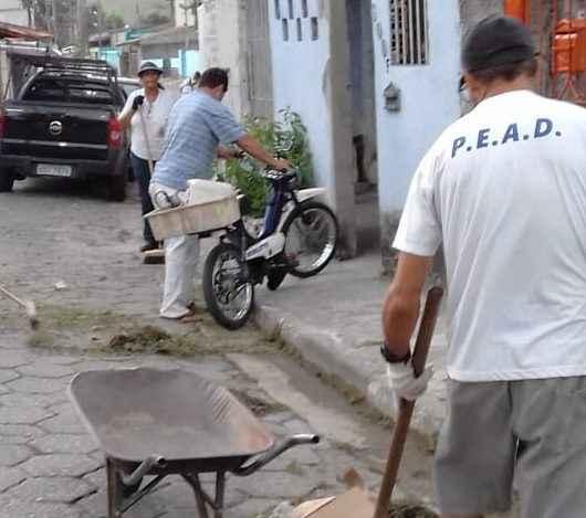 Prefeitura de Caraguatatuba convoca mais 57 bolsistas do PEAD para executar diversos serviços nas vias públicas