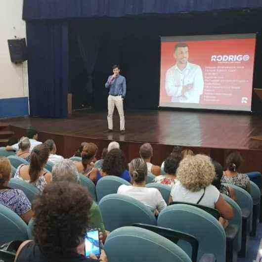 Mais de 100 pessoas participam de palestra em psiquiatria no Auditório da Fundacc