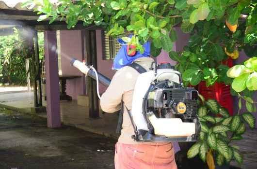 Carreta da Saúde chega a Caraguatatuba para reforçar atendimento em casos de dengue e UBSs passam a fechar às 19h