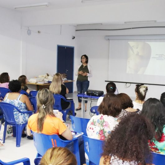 Comitê Regional da Primeiríssima Infância se reúne em Caraguatatuba