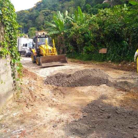 Novo sistema de drenagem e asfaltamento está sendo instalado na rua Horácio Valério dos Santos, localizada no bairro Sumaré