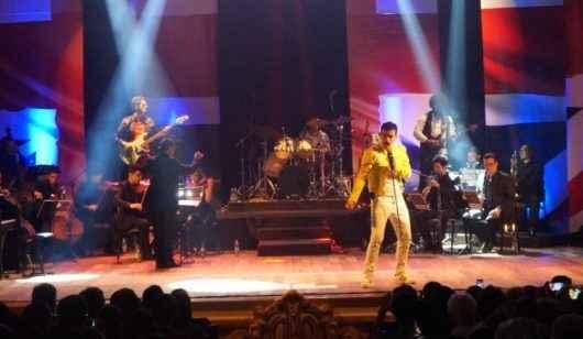 Teatro Mario Covas recebe espetáculo musical Queen - Experience in Concert no dia 30 de maio