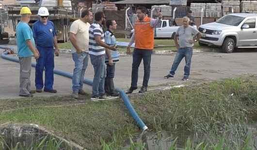Prefeitura promove ação emergencial para drenagem das águas no Pontal Santa Marina