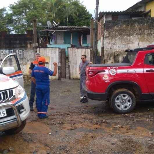 Prefeitura acolhe desalojados pelas chuvas e Defesa Civil atende ocorrências