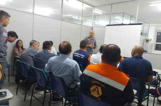 Defesa Civil de Caraguatatuba debate o PPRDC com Polícia Militar e Bombeiros