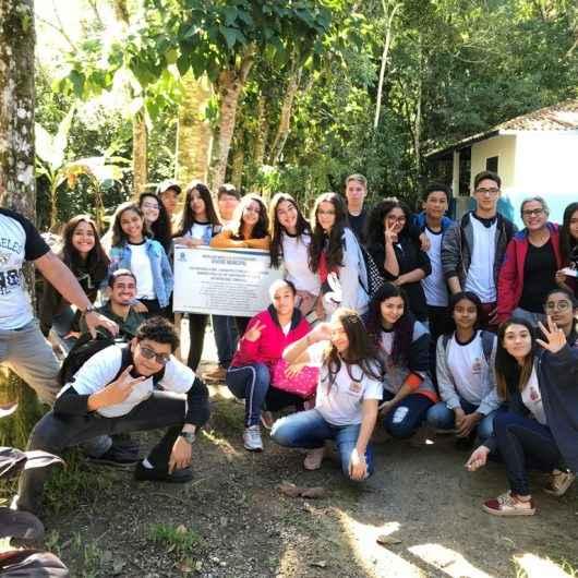 Na Semana de Meio Ambiente, alunos da rede municipal participam de visitas ao ecoponto e viveiro municipal