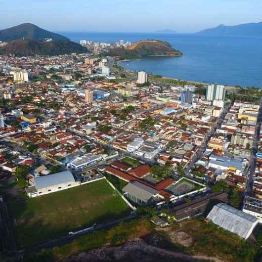 Caraguatatuba fomenta turismo em parceria com rede hoteleira local