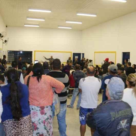 Moradores do loteamento Sone se reúnem com representantes da Prefeitura de Caraguatatuba para discutir regularização fundiária