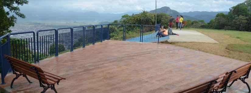 Obras de revitalização do Morro Santo Antônio continuam em andamento