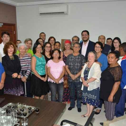 Caraguatatuba implanta Universidade Aberta para terceira idade