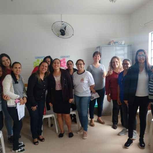 Servidores do CEI João Lino da Cruz, da Prefeitura de Caraguatatuba, recebem noções de ética e disciplina