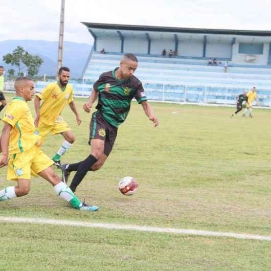 Campeonatos de futebol do final de semana são marcados por goleadas