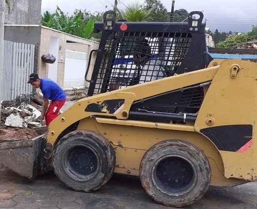 Prefeitura realiza Operação Bota-fora no bairro Portal da Fazendinha