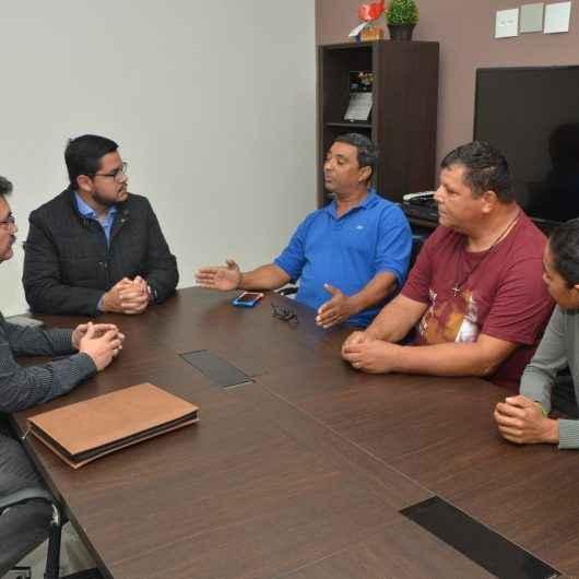 Comissão de Feirantes se reúne na Prefeitura de Caraguatatuba