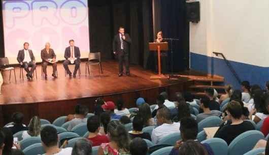 Procon de Caraguatatuba traz palestra sobre inteligência financeira para alunos do EJA no dia 31