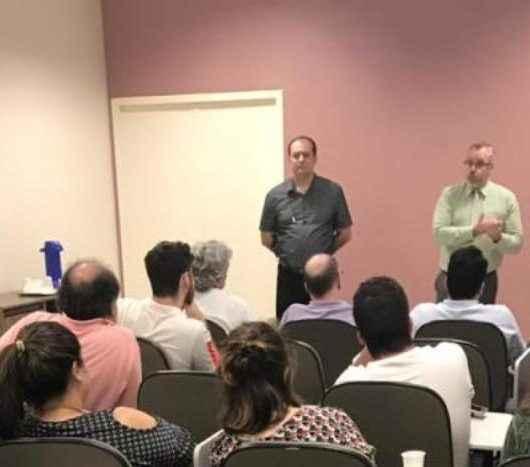 Caraguatatuba promove reunião com médicos da Atenção Básica com foco na melhoria do atendimento à população