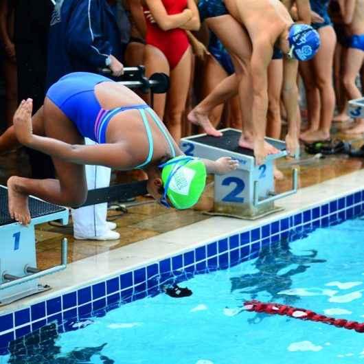Caraguatatuba garante 48 medalhas em Torneio de Natação, realizado no Cemug