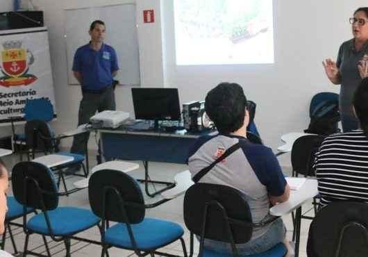 Servidores da Prefeitura de Caraguatatuba participam de curso de Hortas e Tempero