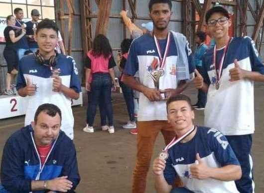 Equipe de Damas de Caraguatatuba é prata nos Jogos Escolares de São Paulo