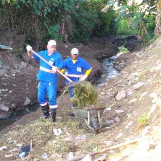 Prefeitura reforça serviços de prevenção de enchentes