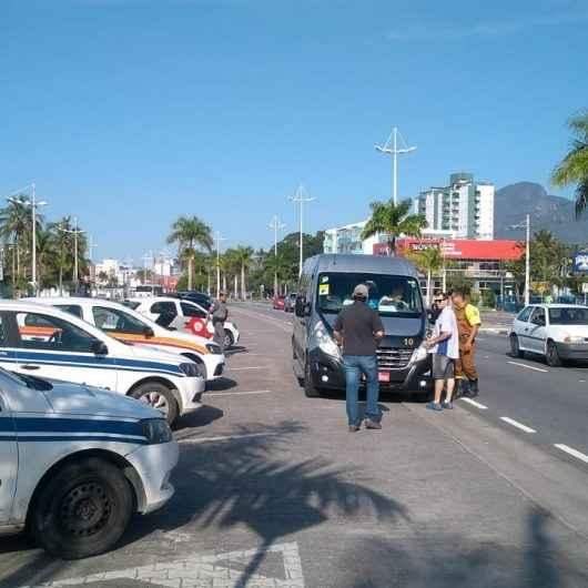 Prefeitura de Caraguatatuba intensifica fiscalização em veículos de turismo