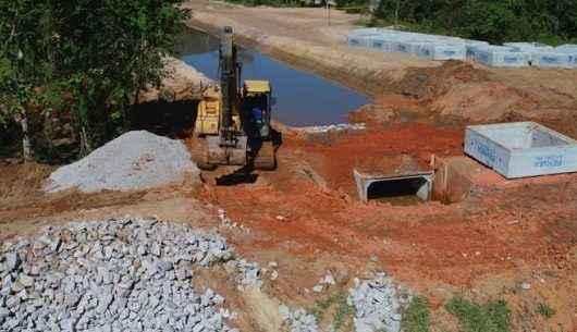 Obras de drenagem na Região Sul continuam e serão finalizadas em janeiro
