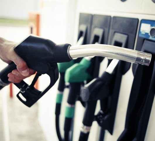 Procon-SP fiscaliza 46 postos de combustíveis em Caraguatatuba a pedido da Prefeitura