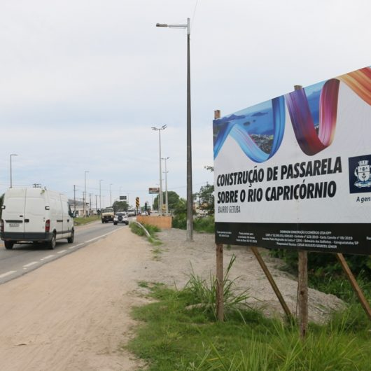 Prefeitura finaliza construção de passarela sobre o Rio Capricórnio a pedido de moradores