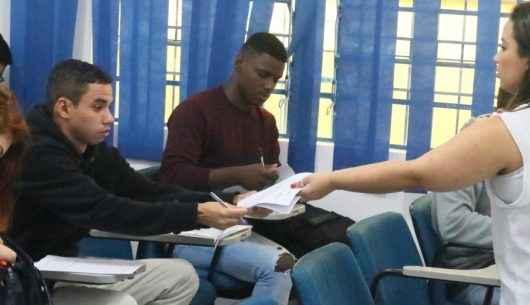 PAT de Caraguatatuba agenda 320 entrevistas para trabalhadores