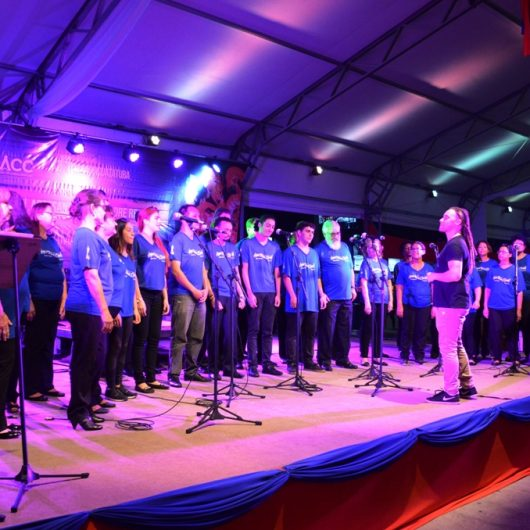 Teatro Mario Covas recebe especial '25 anos Água Viva Coral'