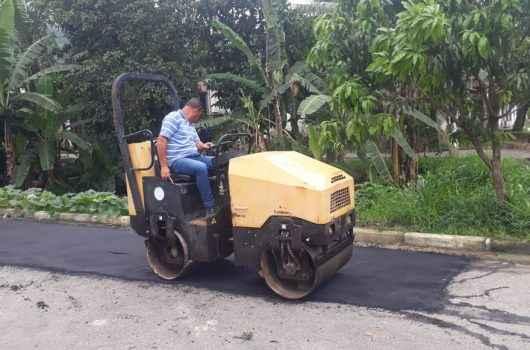 Operação Tapa-buracos é realizada no Jaraguazinho com mais de 24 toneladas de material