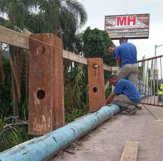 Ponte próxima à Casa de Saúde Stella Maris recebe manutenção