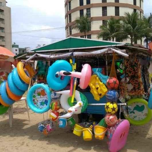 Comércio ambulante irregular tem fiscalização intensificada em Caraguatatuba