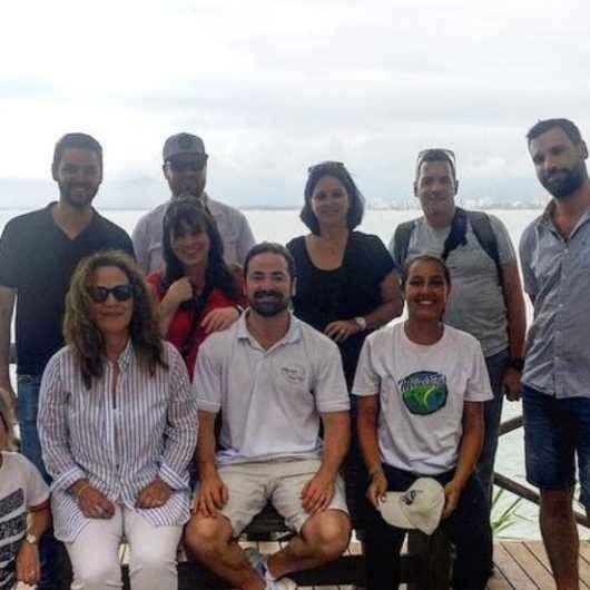 Circuito Litoral Norte de São Paulo traz jornalistas canadenses para conhecerem região