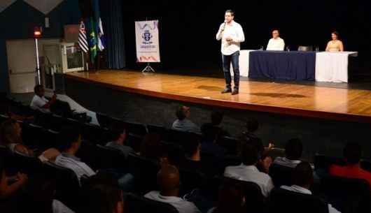 Mais de 200 servidores da Prefeitura finalizam sete cursos de capacitação