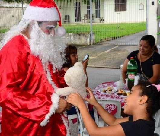 Festa de Natal reúne mais de 350 pessoas atendidas pelo CREAS de Caraguatatuba