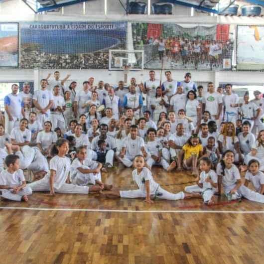 Alunos de capoeira se formam no Cemug em encontro que reuniu professores e mestres