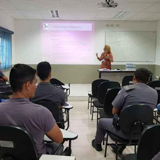 Policiais militares de Caraguatatuba participam de capacitação para atender vítimas de violência doméstica