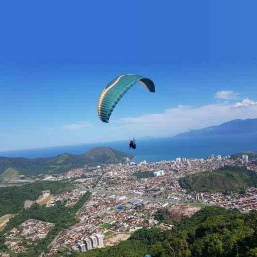 Caraguatatuba é destaque no cenário de voo livre no Brasil