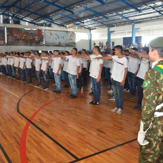 Jovens de Caraguatatuba nascidos em 2002 devem se alistar no serviço militar até dia 30 de junho
