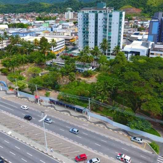 Prefeitura fecha Praça Diógenes Ribeiro para início das obras de revitalização