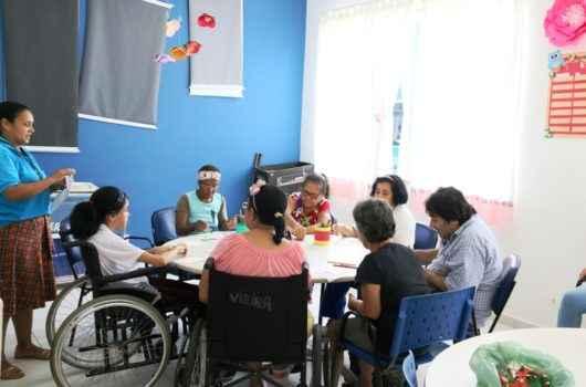 Sepedi abre vagas em 16 oficinas gratuitas para idosos e pessoas com deficiência em Caraguatatuba