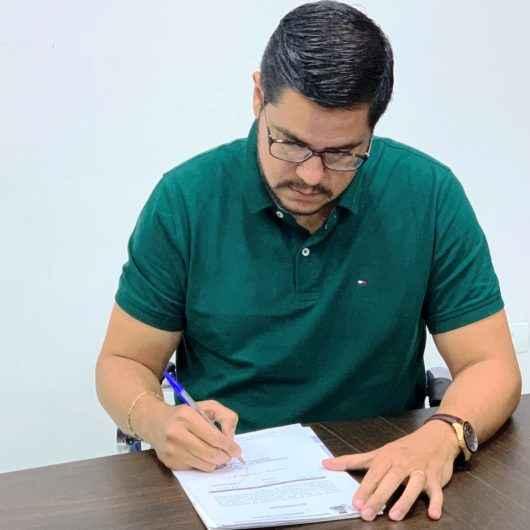 Prefeito de Caraguatatuba assina decreto que cria a Unidade de Gestão Energética Municipal (UGEM)