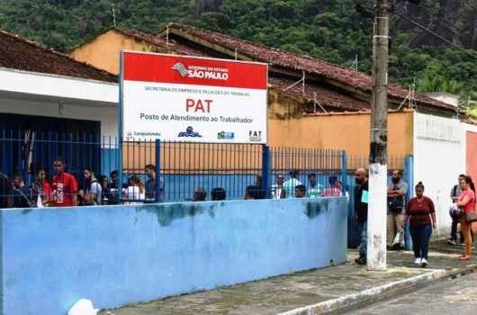 PAT de Caraguatatuba orientará população sobre elaboração de currículo e comportamento em entrevista de emprego
