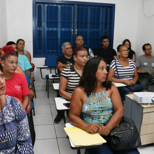 PAT de Caraguatatuba dá dicas sobre entrevistas de emprego e candidatos ao HR tem data diferenciada