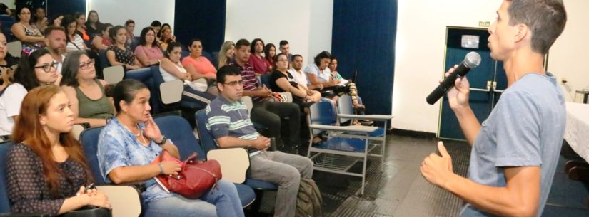 PAT de Caraguatatuba esclarece dúvidas do processo seletivo do HR durante palestra