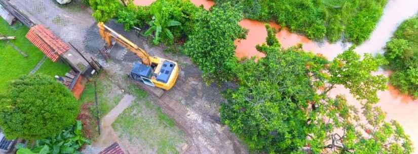 Prefeitura continua com trabalho no Perequê-Mirim para melhorar escoamento de águas
