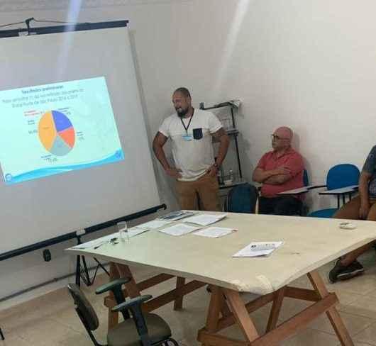 Projeto Verão no Clima orienta sobre educação ambiental em praias de Caraguatatuba